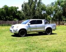 Toyota Hilux 3.0 AT 4X4 Turbo