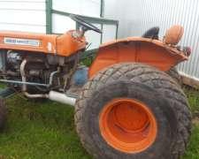 Tractor Fiat Kubota L245