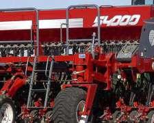 Maquinaria Agrícola. Sembradora Apache 54000 en Venta