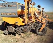 Sembradora Agrometal MX 33-21con Monitor Agrotax 3000