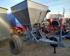 Fertilizadora Lazer. 1500 Kg