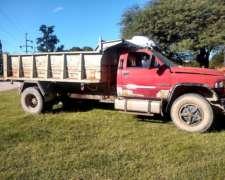 Camión Dodge RAM 6500 Caja Volcadora