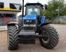 New Holland TM 7040