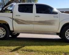 Toyota Hilux Srv 4x2 2013