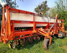 Fertilizadora Fercam 26 Líneas a 35cm