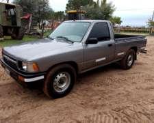 Toyota Hilux Std Mod 2000