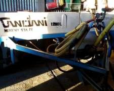 Pulverizador Canciani de 1200 Lts. Botalón 12 M
