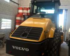 Compactador Volvo Pata y Liso.
