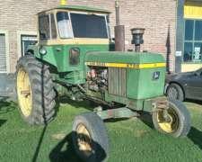 Tractor John Deere 2730 con Levante 3 Puntos