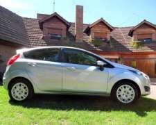 Oportunidad, con Solo 80.184 KM. Vendo Ford Fiesta (kd) 2014