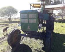 Tractor Deutz A85 con Motor 913 Aspirado 6 Cilindros.