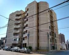 Vendo Amplio Departamento de 2 Dormitorios Macrocentro RIO4