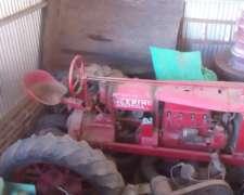 Tractor Reliquia Andando Deering 1923