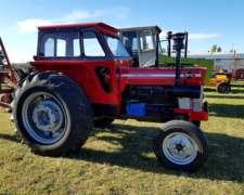 Massey Ferguson 1075 .