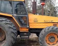 Tractor Valmet 1580 - Dual