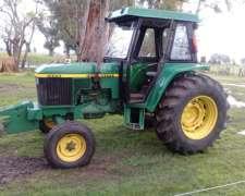 Tractor John Deere 5600 con 3 Puntos