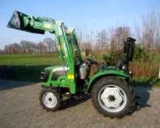 Tractor Chery con Pala Incluida 30 HP para Granjas Avicolas