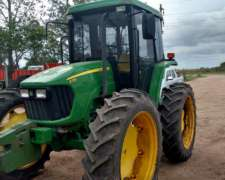Tractor John Deere 5725