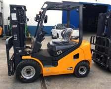Autoelevador Un. Motor Izuzu Diesel. 2.5 Tn