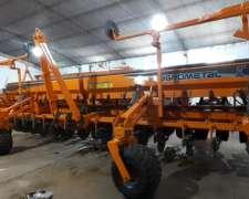 Sembradora Agrometal TX Mega 16/52 Doble Fertilización