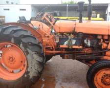 Tractor Someca 45, Con Levante 3 Puntos. Cubiertas 70%