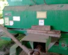 Mixer Montecor de 10 M3 con Balanza Hook año 2008