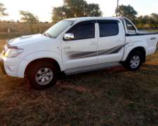 Toyota Hilux Srv Cuero 2011
