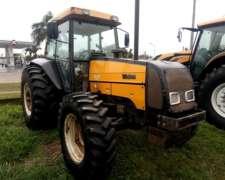 Tractor Valtra BM 110 con Cabina