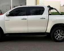 Toyota Hilux SRX 2017 4X2 Automática