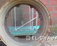 Centro 57 cm de Ancho por 86 cm de Circunferencia.-