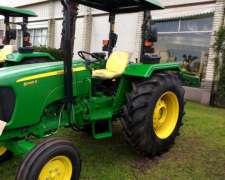 Tractor John Deere 5065 4X2
