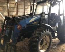 Tractor New Holand TL 95 con Pala