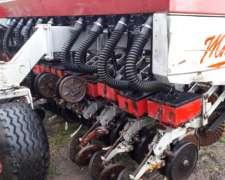 Sembradora Vhb Modelo 710 De 22 Líneas A 35 Cm