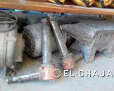 Puntas de Ejes Nuevas de Tractor Fiat 800.-