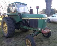 Tractor John Deere 3330 Usado
