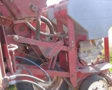 Sembradora Apache 6400 N De 13 A 52 Año 2000 Muy Buena