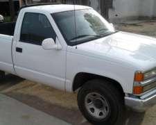 Chevrolet Silverado 99 4 Cilindros