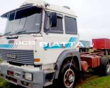 Fiat 190--29 - año 1994 - Tractor - Caja de 13 - S/carr.