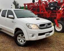 Camioneta Toyota Hilux SRV 3.0 D-4d 4X2 Cabina Doble