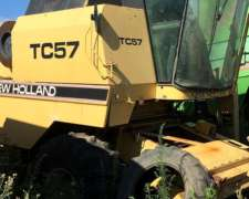 Cosechadora New Holland TC 57 para Desarme