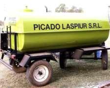 Acoplado Tanque 4000 Litros para Transporte de GAS Oil.