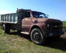 Camion NO Ford NO Mercedes Chevrolet C60 Volcador