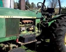 Tractor John Deere 2420 con Tres Puntos