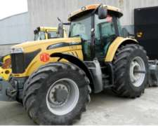Tractor Challenger Mod Mt575b 204 HP