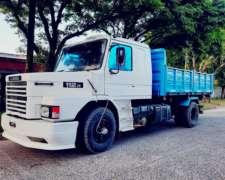 Scania 112 / Caja y Acoplado Bivuelco 2015