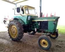 Tractor Jhon Deere 2420, con Toma de Fuerza, Salida Hid.