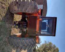 Tractor UP 100 muy Bueno
