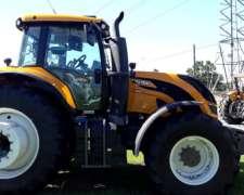 Tractor Valtra T250 con Caja CVT
