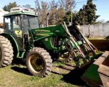 Tractor John Deere 5425 con Pala Original John Deere 542