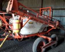 Pulverizadora Arrastre Barbuy 2000 Lts
